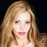 Nikki Couloumbis